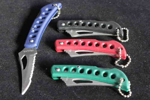 Compact Folding Lock Knife