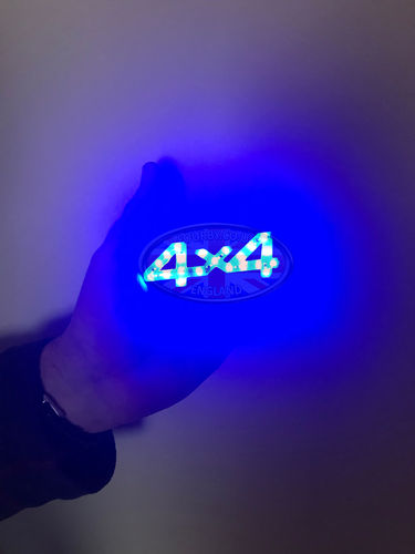 4x4 blue 12v LED light